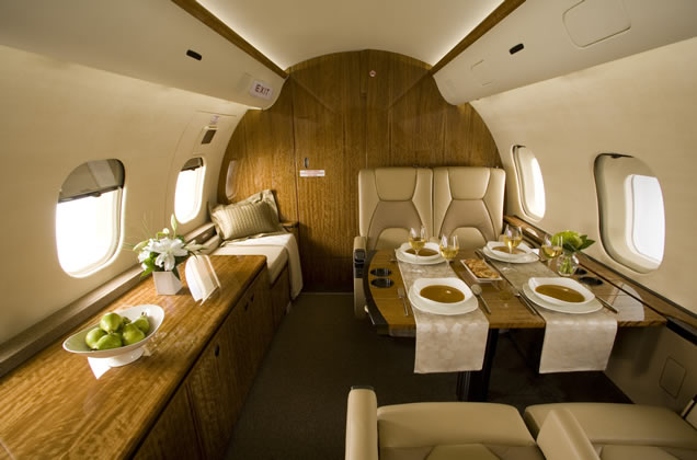 GLOBAL 5000 PRIVATE JET
