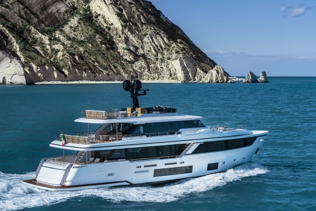 LUXURY YACHTS EXTERIOR TRAVEL TOGETHER MAGAZINE