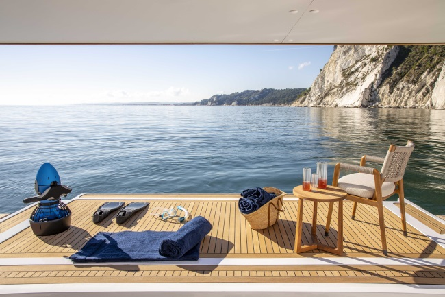 LUXURY YACHTS INTERIOR TRAVEL TOGETHER MAGAZINE