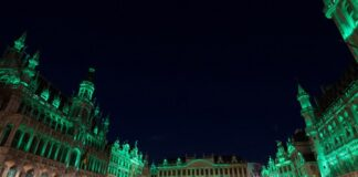 SAINT PATRICKS DAY GRAND PLACE IN BRUSSels