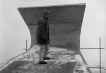 EVENTS BELGIUM .Jacques Moeschal on top of construction Signal Groot Bijgaarden, 1963
