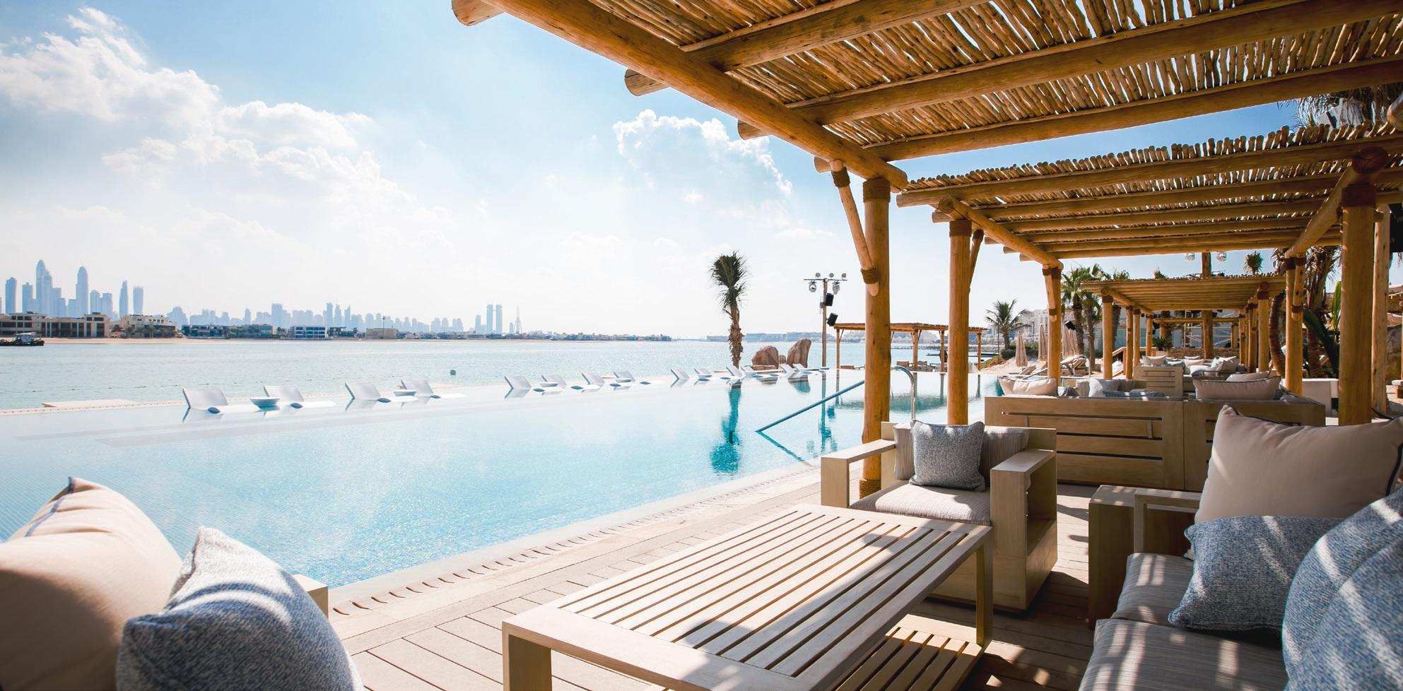 TRAVEL MIDDLE EAST DUBAI WHITE BEACH